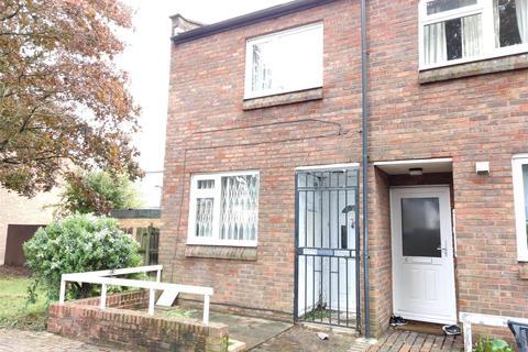 2 bedroom end of terrace house for sale - Jack Barnett Way, London