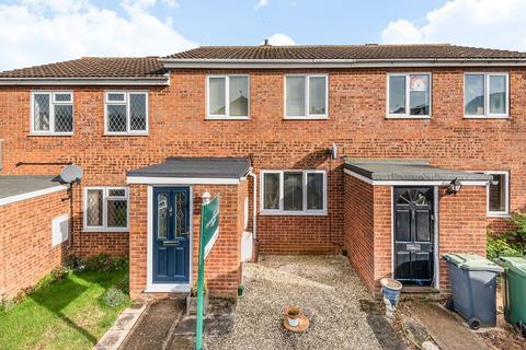 2 bedroom terraced house for sale - Hawk Close, Flitwick, MK45