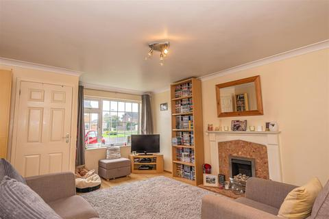 2 bedroom terraced house for sale - Ostlers Close, Copmanthorpe, York
