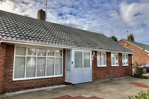 3 bedroom detached bungalow for sale - Marksway, Pensby, Wirral