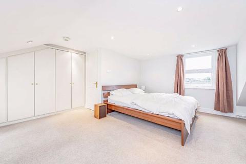 3 bedroom flat for sale - Tintern Street, Clapham, London