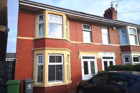 3 bedroom semi-detached house to rent - Toftingall Avenue, Birchgrove, Cardiff
