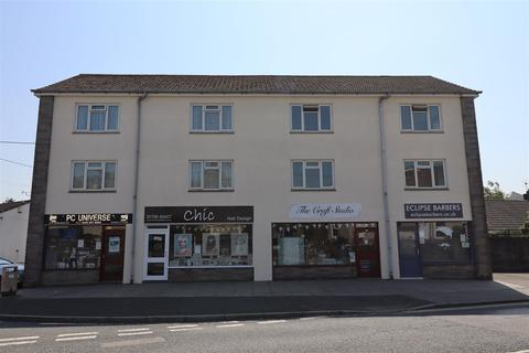 2 bedroom flat to rent - Carlyon Road, St Austell