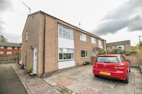2 bedroom apartment for sale - Alma Road, Sale