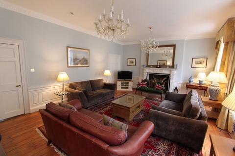 6 bedroom townhouse to rent - Hill Street, Edinburgh