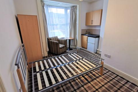 House share to rent - Friars Walk Room 1, Stafford ST17