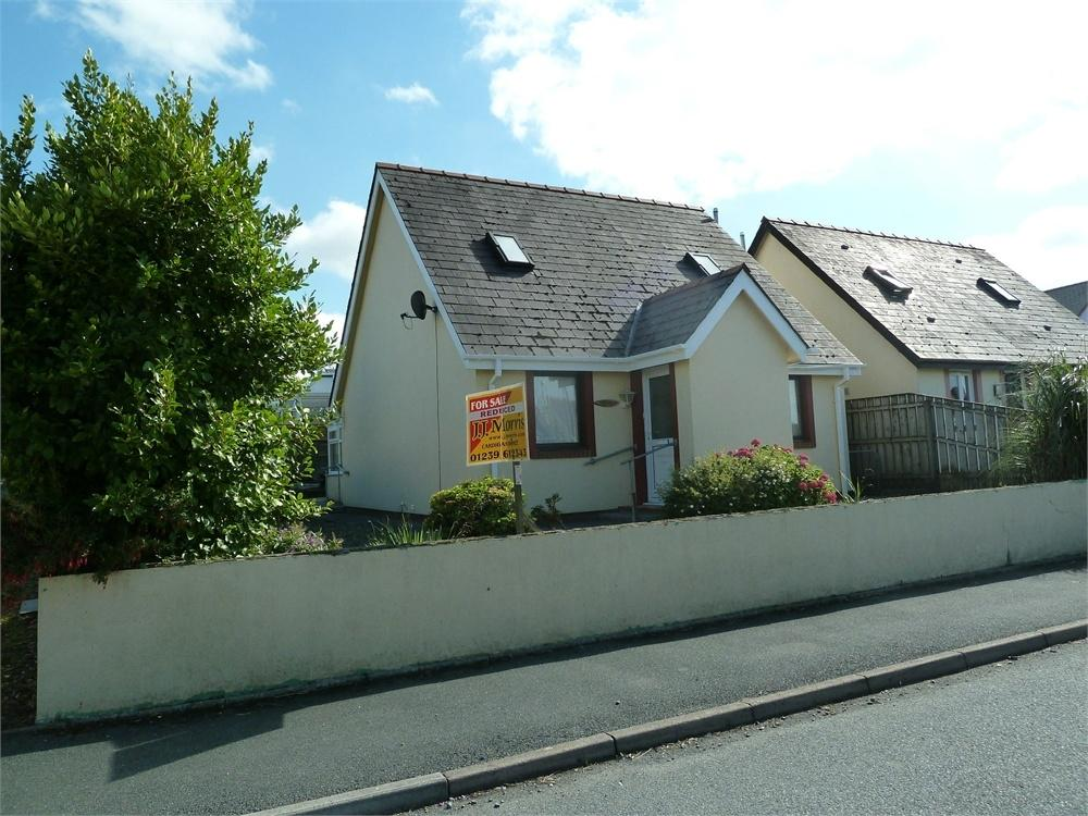 3 Bedrooms Detached Bungalow for sale in Glanrhyd, 37 Llain Drigarn, CRYMYCH, Pembrokeshire