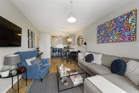 2 bedroom flat for sale - Point Pleasant, London