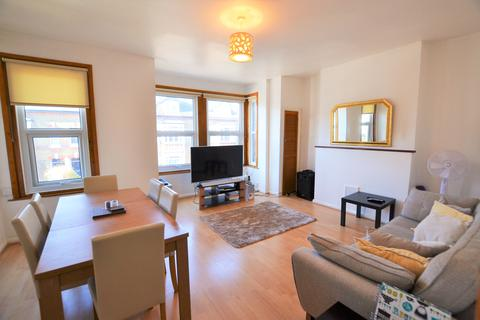 2 bedroom apartment to rent - St Andrews Road, Enfield EN1