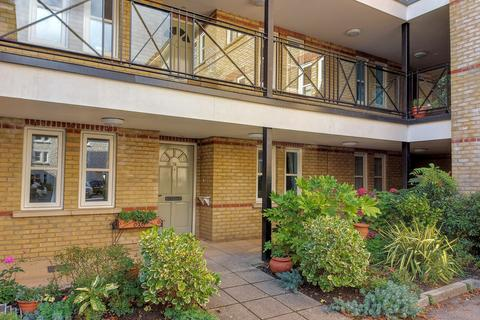 2 bedroom flat for sale - St. Stephens Road, Bournemouth, BH2 6JS