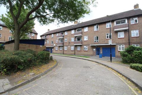 2 bedroom flat to rent - John Newton Court Welling DA16