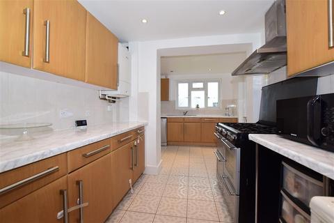 3 bedroom semi-detached house for sale - King Henrys Drive, New Addington, Croydon, Surrey