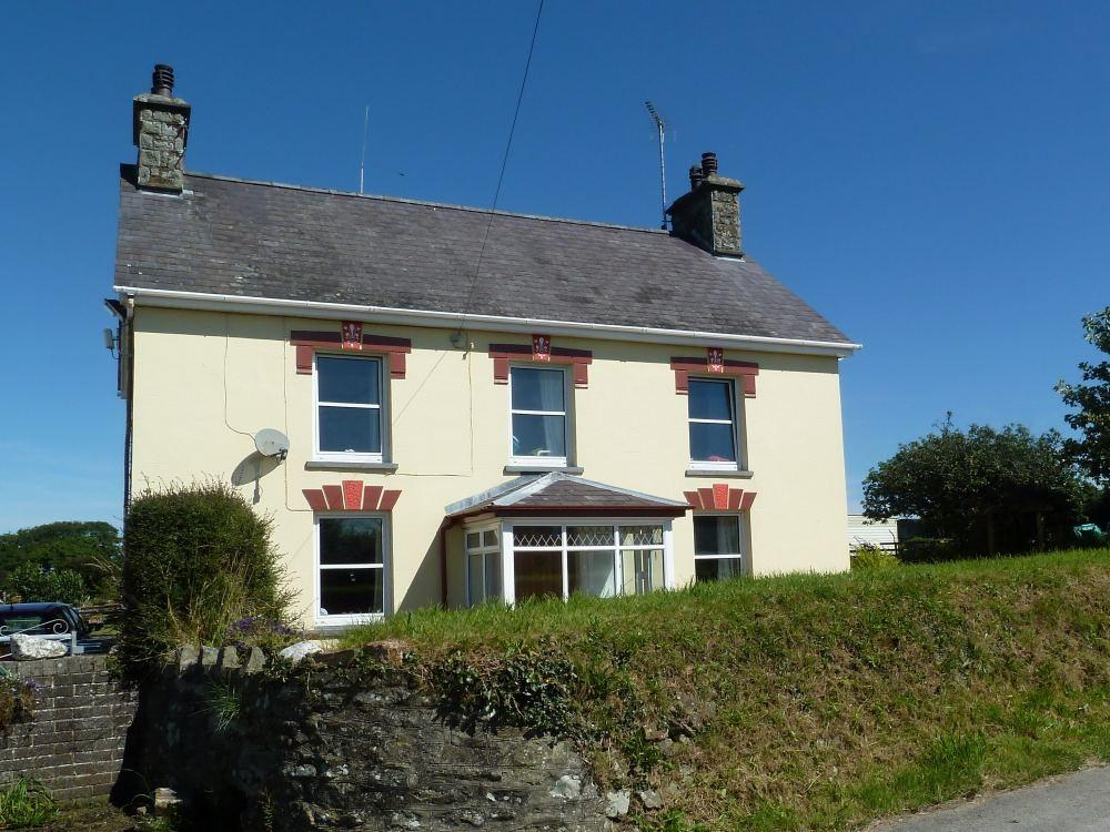 13 Bedrooms Farm House Character Property for sale in Cnwcyrhyglyn, Llangrannog, LLANDYSUL, Ceredigion