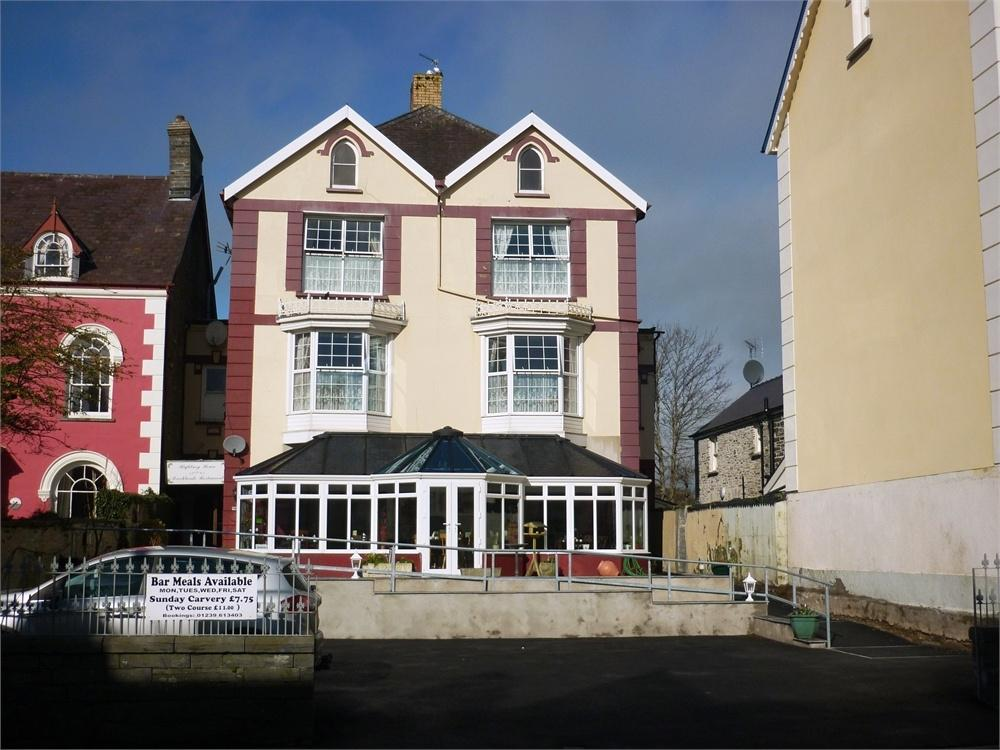 12 Bedrooms Town House for sale in Highbury Guest House, Pendre, Cardigan, Ceredigion, Wales