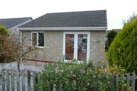 2 bedroom detached bungalow to rent - Glendale Crescent, Mount Hawke