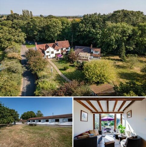 6 bedroom detached house for sale - South Hanningfield