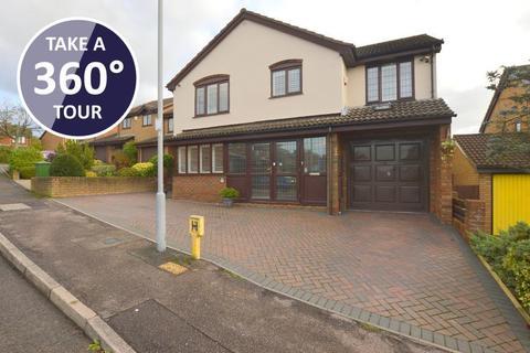 5 bedroom detached house for sale - Ashdale Gardens, Barton Hills, Luton, Bedfordshire, LU3 4DE