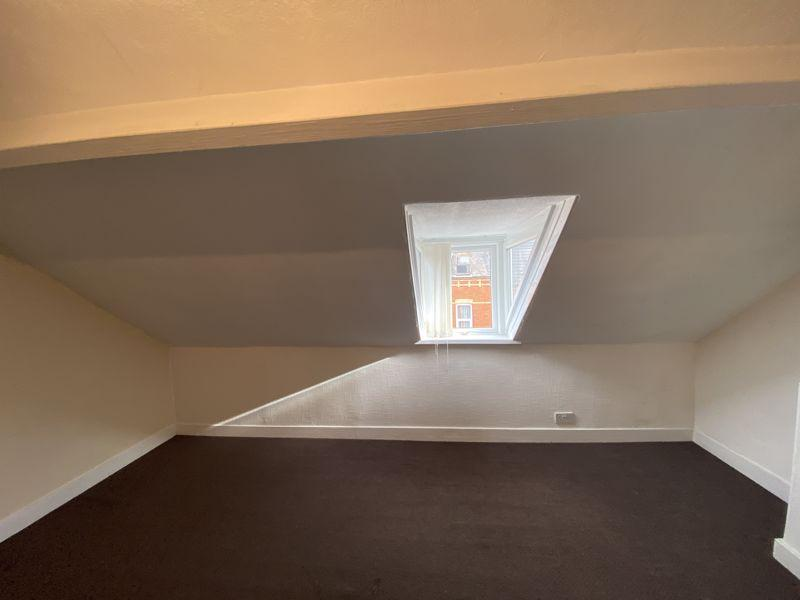 Second Floor Bed...