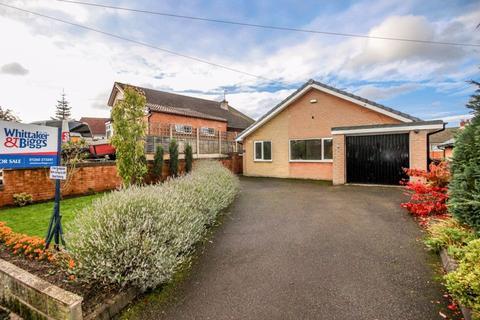 3 bedroom bungalow - Havannah Lane, Congleton, CW12 2EA