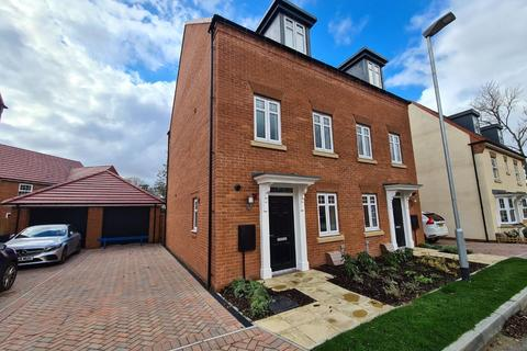 4 bedroom semi-detached house to rent - Wentworth Drive, Durham