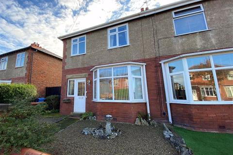 3 bedroom semi-detached house for sale - Hove Road, St Annes