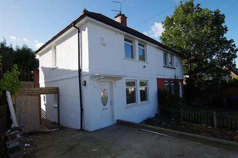 3 bedroom semi-detached house to rent - Thackeray Road, Ravenscliffe, BD10