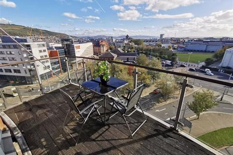 2 bedroom flat for sale - Princess Way, Swansea City Centre