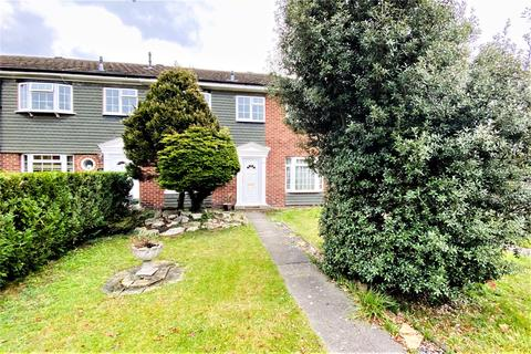 3 bedroom terraced house for sale - Garrick Close, Staines-upon-Thames, TW18