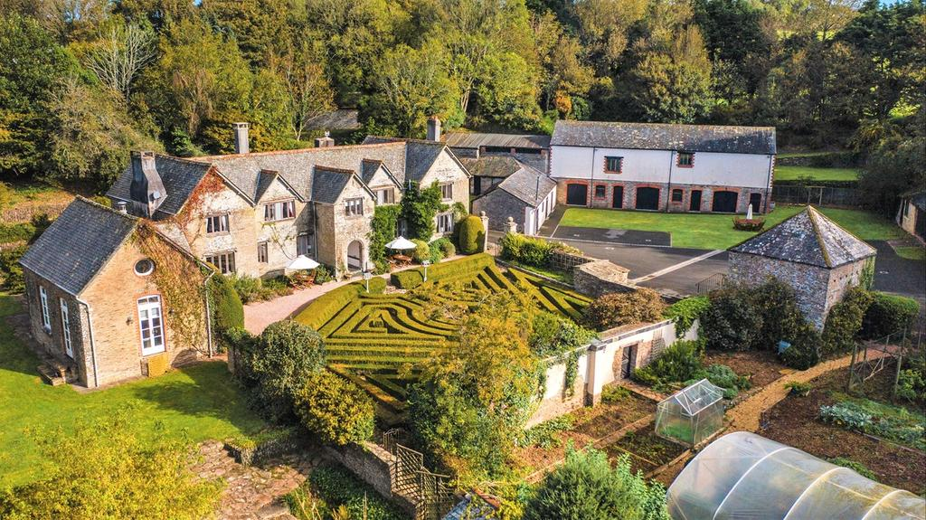 Ranscombe Manor from above
