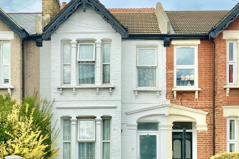 4 bedroom terraced house - Theodore road SE13