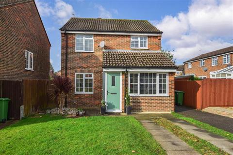 3 bedroom detached house for sale - Grange Way, Southwater, Nr Horsham, West Sussex