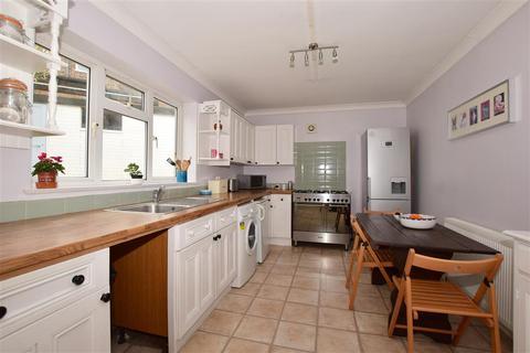 4 bedroom semi-detached house - Eskdale Gardens, Purley, Surrey