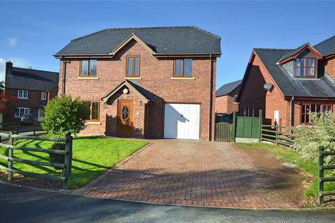 4 bedroom detached house for sale - Parc Hafod, Tregynon, Newtown, Powys, SY16