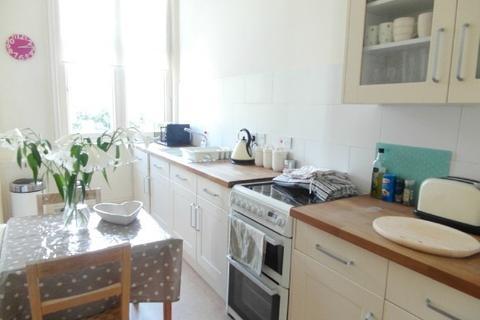 Studio to rent - Wellington Square, , Cheltenham, GL50 4JU