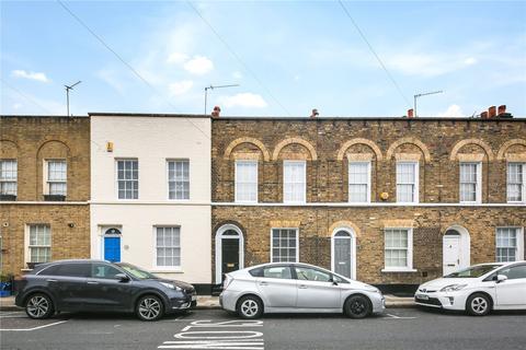 3 bedroom terraced house to rent - Belgrave Street, London, E1
