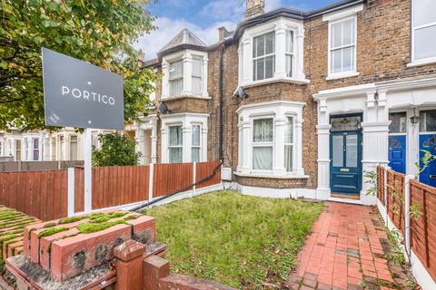 1 bedroom flat for sale - Manor Road, Leyton, E10