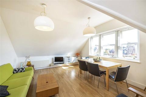2 bedroom flat for sale - Hillfield Avenue, London, N8