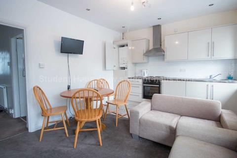 3 bedroom house to rent - Burton Road, Manchester, M20 3EB