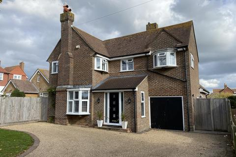 4 bedroom detached house for sale - Links Road, Seaford BN25