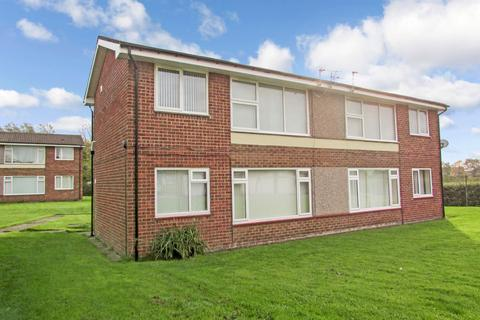 1 bedroom ground floor flat for sale - Woodhorn Drive, Stakeford, Choppington, Northumberland, NE62 5ES