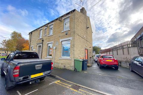 3 bedroom apartment to rent - Wakefield Road, Bradford, BD4