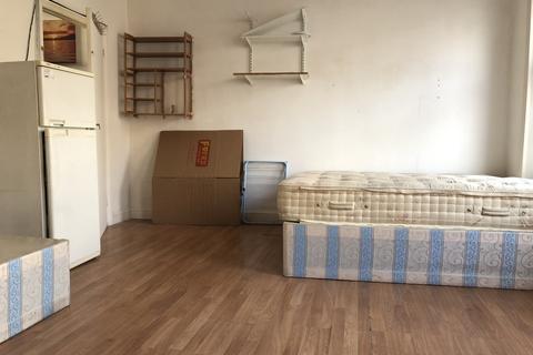 1 bedroom flat share to rent - Harrow Road, London, W9