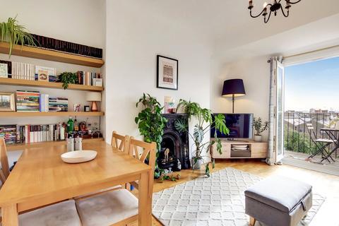 2 bedroom flat for sale - Ospringe Road, London, NW5