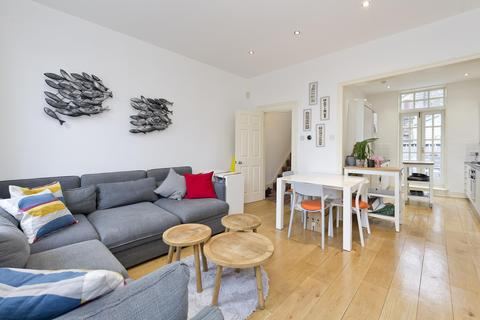 2 bedroom apartment to rent - Ledbury Road, NOTTING HILL, London, UK, W11