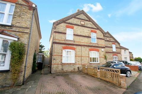 3 bedroom semi-detached house for sale - Wendover Road, STAINES-UPON-THAMES, Surrey