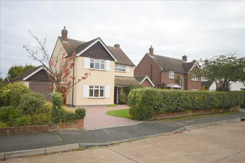 3 bedroom detached house for sale - Lodge Avenue, Chelmsford