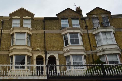 4 bedroom townhouse - Monson Road, Tunbridge Wells