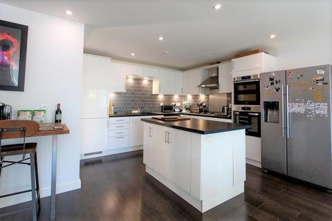 3 bedroom townhouse for sale - Green Fields Lane, Ashford