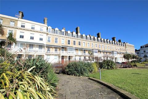 2 bedroom apartment for sale - Heene Terrace, Worthing, West Sussex, BN11