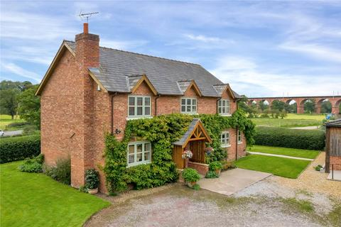 4 bedroom detached house for sale - Holmes Chapel, Cheshire
